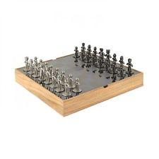 UMBRA - DESIGN-Spiel BUDDY - edles Schachspiel aus Holz und Metall