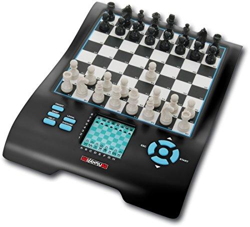 Europe Chess Master II: Schach und 7 weitere bekannte Spieleklassiker. Mit beleuchtetem Display