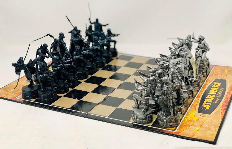 El juego de ajedrez Star Wars Saga Edition