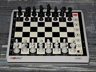 Ajedrez Electrónico Chess computer Novag Uno