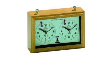 Philos 4680 Aradora - Reloj mecánico de ajedrez (carcasa de madera)